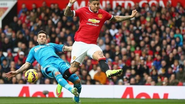 Marcos Rojo khẳng định ở lại để cạnh tranh tại Man Utd