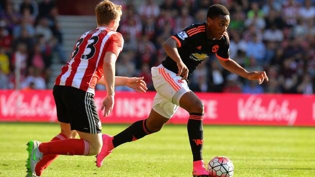 Schneiderlin: 'Martial sẽ là cầu thủ lớn cho tương lai của Man Utd'