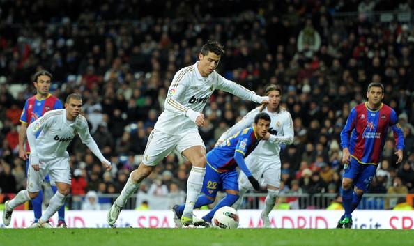 Soi kèo bóng đá: Real Madrid vs Levante, 21h ngày 17/10 của M88