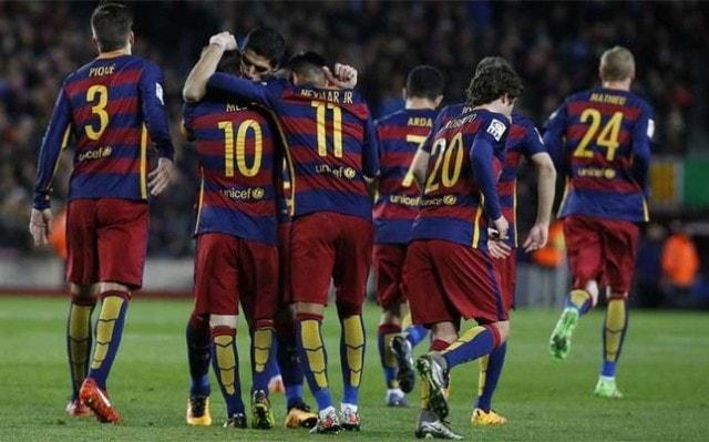 Messi ghi 300 bàn cho Bar