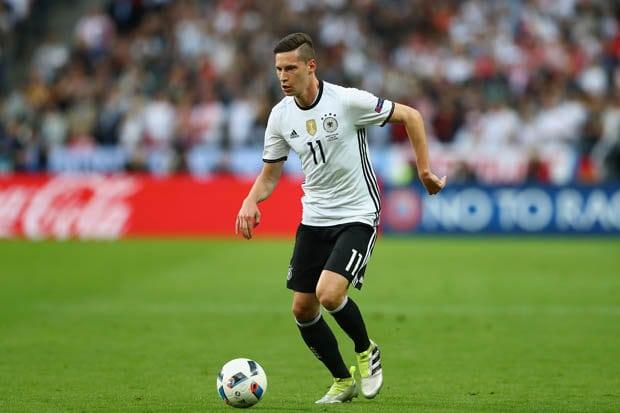 tiền vệ người Đức Julian Draxler