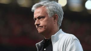 Cựu danh thủ Arsenal cho rằng Man United mùa này thật nhàm chán