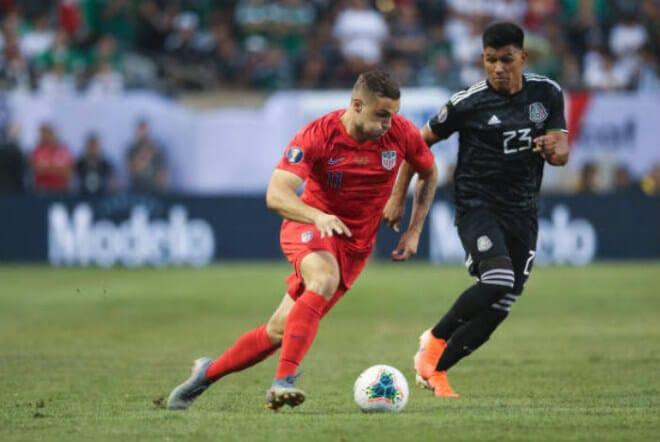 Mexico giành chiến thắng trong 1 trận cầu nghẹt thở để lên ngôi xứng đáng (CK Gold Cup)